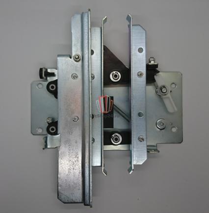 Отводка привода дверей правая OTIS