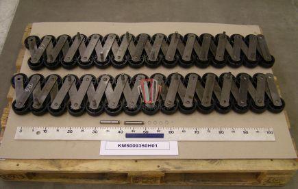 Тяговая цепь ступеней эскалатора 13KV-C, двойная плеть 30 звеньев на 10 ступеней, L=4000мм, ролик D=75мм KONE