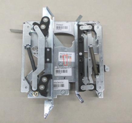 Отводка привода двери кабины AMD NH=300 KONE (цент.откр.прав.)